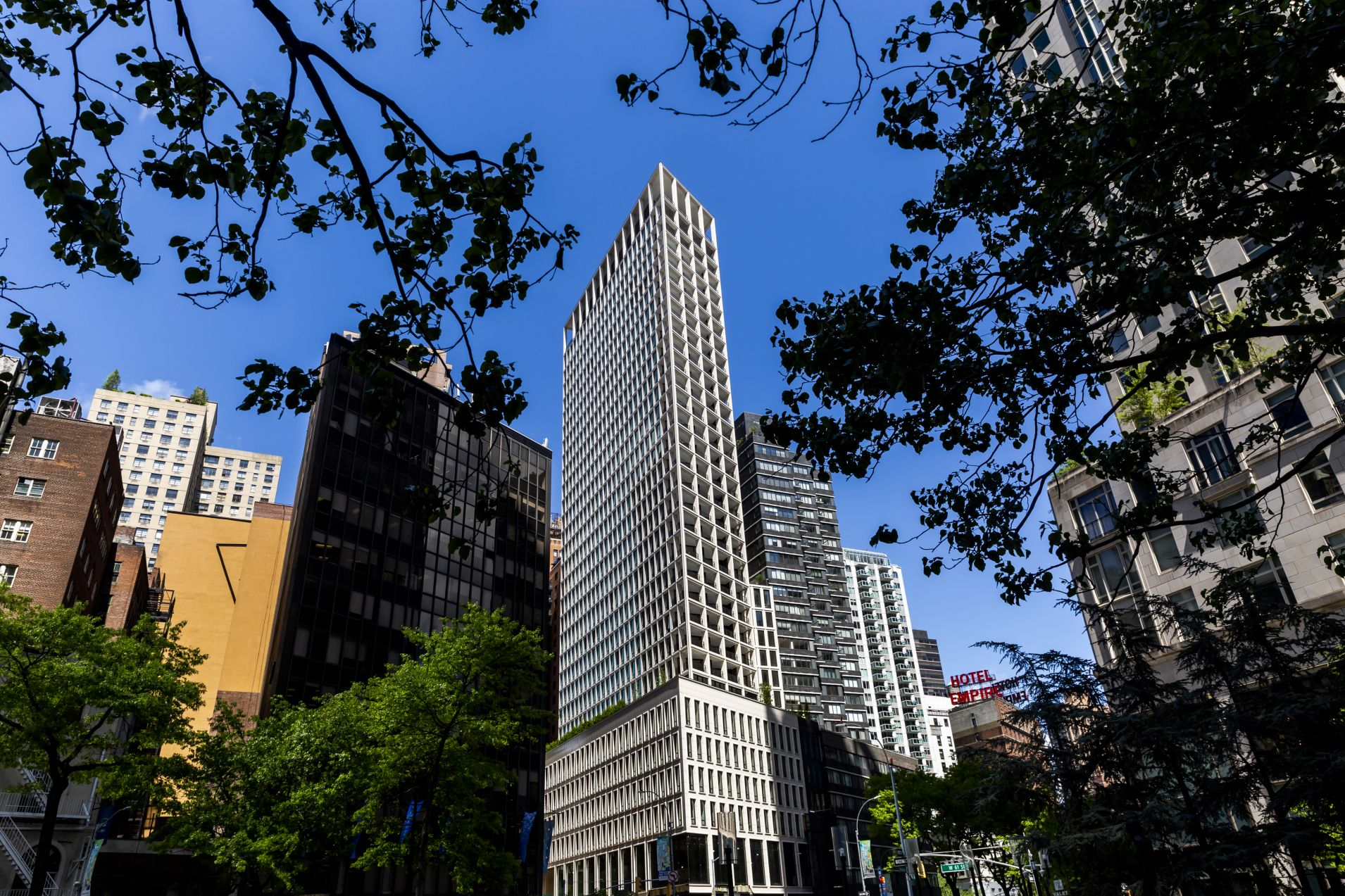 Soaring Manhattan real estate sales could be a mirage